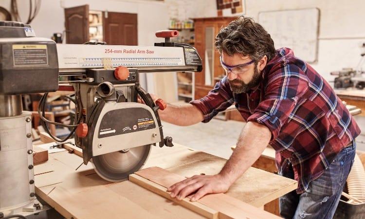 Cutting 4x4 with Radial Arm Saw
