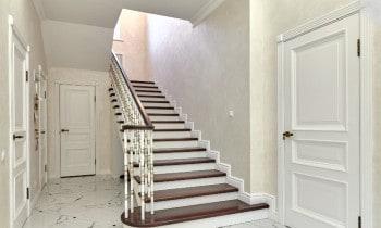 Steep stairs little headroom