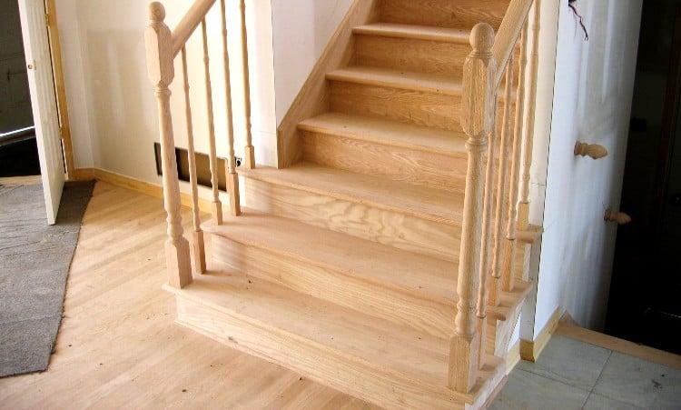 Red Oak vs White Oak for Stairs